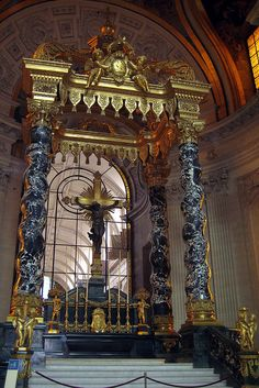 Paris - Hôtel des Invalides - Dôme Church - Altar and Glass Gallery