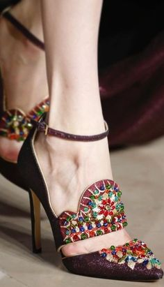 high heels – High Heels Daily Heels, stilettos and women's Shoes Zapatos Shoes, Shoes Sandals, Pretty Shoes, Beautiful Shoes, Kinds Of Shoes, Hot Shoes, Shoe Collection, Me Too Shoes, Fashion Shoes
