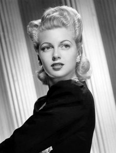 We Had Faces Then : Photo Lana Turner, 1942