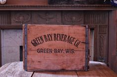Vintage GREEN BAY Beverage Company Wood Crate, Green Bay, Wisconsin, Vintage Wooden Soda Crate