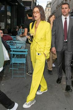 Celebrity Style Photos Bella Hadid in the cool yellow suit for women which is one of the biggest fashion trends of Bella Hadid Outfits, Bella Hadid Style, Style Outfits, Mode Outfits, Fashion Outfits, Big Fashion, Look Fashion, Womens Fashion, Fashion Trends