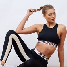 L'URV Kinetic Energy Sports Bra and Kinetic Energy Leggings   Shop the latest activewear arrivals on Fashercise now - free worldwide shipping over £150!