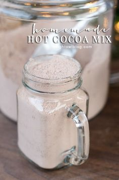 Homemade Hot Cocoa Mix - so easy and perfect for homemade gifts!
