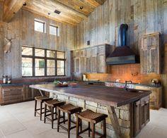 idée décoration de cuisine campagne en pierre et bois