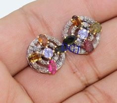 0.38CTS ROSE CUT DIAMOND TOURMALINE ANTIQUE VICTORIAN SILVER EARRING STUD MVE101  Rose Cut Diamond Clarity : I1-I2  Gorgeous Rose Cut Diamond Color : Tinted Brown  Silver Purity : 925  Gross Weight : 4.55 Gms ( Including Stone weight )