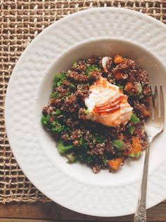 Brown sugar & cumin-roasted carrot quinoa salad with harissa-spiked ...