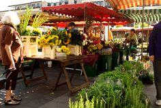 Stroud Is All Over the Place: Memories and the Kaiserslautern Market