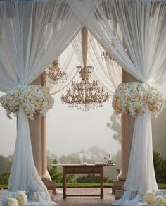 great vancouver wedding Love this beautiful wedding decor. What's your wedding decor style? Let us help you create your wedding theme style. #wedding #weddingplanning #vancouverweddingplanner by @dreameventsvancouver  #vancouverwedding #vancouverweddingdecor #vancouverwedding