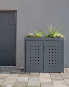 Storage Bins, Locker Storage, Kitchen Furniture, Furniture Design, Lockers, Outdoor Decor, Home Decor, Exterior, Terrace