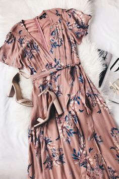 Fiorire Rusty Rose Floral Print Wrap Maxi Dress 6 - Outfits for Work Trendy Dresses, Cute Dresses, Casual Dresses, Fashion Dresses, Fashion Clothes, Style Clothes, Elegant Dresses, Sexy Dresses, Romantic Dresses
