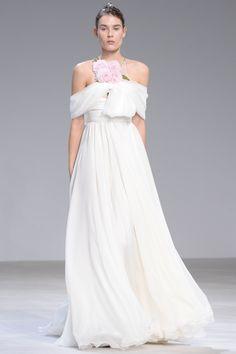 Giambattista Valli Spring 2016 Couture Fashion Show