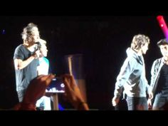 "ONE DIRECTION SÃO PAULO - BRASIL ""SINGING IN THE RAIN"" (where we are tour 10/05/2014) - YouTube // I just..."