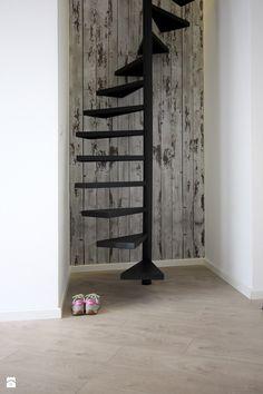 Metamorfoza wnętrz poddasza - Małe schody, styl skandynawski - zdjęcie od superpozycja architekci