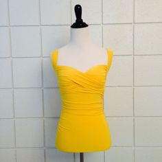 Sweetheart Pinup Top Canary Yellow