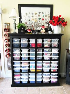 Creative Sewing Room Storage Ideas - DecoRewarding Need inspiration for organizing your sewing room. Check out 40 sewing room storage ideas.Need inspiration for organizing your sewing room. Check out 40 sewing room storage ideas. Craft Room Storage, Craft Organization, Craft Rooms, Organizing Ideas, Bead Storage, Fabric Storage, Yarn Storage, Bedroom Storage, Dresser Storage