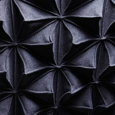 Bloom Blanket : 180 Triangles to make a 140cm x 150cm blanket