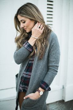 A list of simple statement accessory pieces perfect for any wardrobe. | fashion accessories | statement wardrobe pieces | accessory ideas for any wardrobe | @phillipgavriel #ad #PhillipGavriel #phillipgavrieljewelry || Lauren McBride
