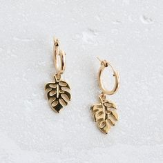 Gift for Her or Gift for Friend Short Dangle Earrings Multi Circle Link Studs Large Gold Knot Earrings