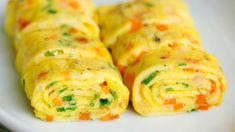 Make Perfect Korean Egg Rolls by First Straining the Eggs Through a Sieve Egg Roll Recipes, Quick Recipes, Cooking Recipes, Omelette Roulée, Omelette Recipe, Appetizer Dishes, Appetizer Recipes, Korean Egg Roll, Cooking Chinese Food