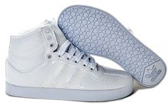 separation shoes 86b7e 258f5 Shoes Queen White Adidas Originals, Adidas High Tops, Tom Ford Shoes, All  White