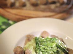 Gnocchi di farro e patate in crema di asparagi