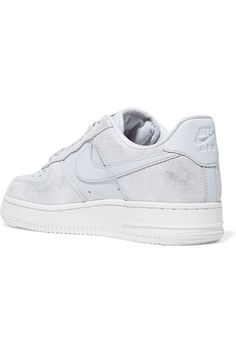 5bb64ad0f6d Nike - Air Force 1 07 metallic suede and leather sneakers