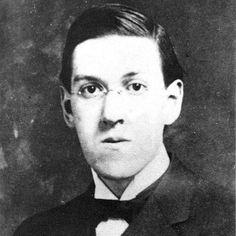 """Incluyo el cuento clásico de la semana, seleccionado por el escritor Luis López Nieves: """"Celefais"""", por H.P. Lovecraft (1890-1937), uno de los más importantes autores norteamericanos de cuentos de horror: http://ciudadseva.com/textos/cuentos/ing/lovecraf/celefais.htm"""