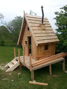 Construction d 39 une cabane en bois pour mes enfants 54 for Balancoire pour petit jardin