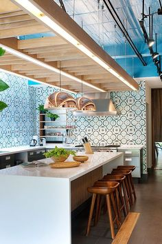 We tried hard to find the very best kitchen remodeling ideas and the most beautiful kitchens all over the internet.
