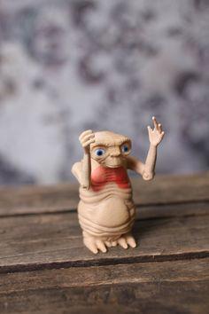 Vintage ET Moveable Head Toy Action Figure 1982 by VintageVanShop, $5.00