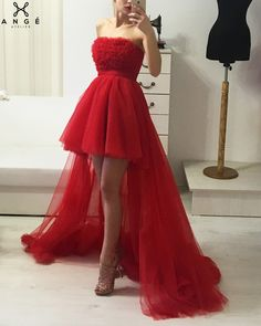 Rochii Banchet 2018 - Rochie Rosie Lunga Trena - AngeAtelier.ro Strapless Dress, Prom Dresses, Formal Dresses, Wedding Dresses, 16th Birthday Outfit, Queen Dress, Dress Makeup, Dream Dress, Evening Gowns