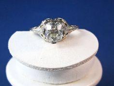 Stunning 1.16 Carat Art Deco Diamond Vintage Engagement Ring