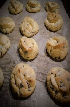 Cloud bread recipe adjusted to make chocolate chip cookies