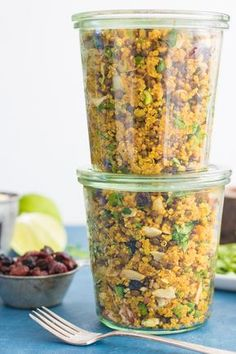 One-Pot Sweet & Spiced Quinoa Lentil Salad – Eating by Elaine Veggie Dishes, Veggie Recipes, Whole Food Recipes, Cooking Recipes, Skillet Recipes, Cooking Tools, Pizza Recipes, Cheesecake Recipes, Vegan Vegetarian