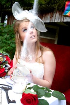 Alice im Wunderland Hochzeit - Alice in Wonderland Wedding mit im Hochzeitsfieber, Bel verde Floristik und Fotomania Kassel