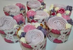 strawberry cup cakes Cup Cakes, Strawberry, Rolls, Sweets, Desserts, Food, Tailgate Desserts, Deserts, Goodies