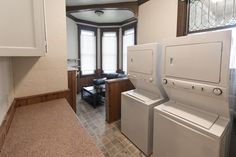 Apartments & Houses for Rent in Bloomington, Indiana Stone Mansion, Washington Street, Dryers, Stacked Washer Dryer, Renting A House, Indiana, Bathtub, Home Appliances, Mansions
