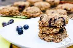 oatmeal , blueberry , apple-sauce , banana breakfast cookie! 1 1/4 cups + 1 1/3 cups rolled oats, divided 1/2 teasp baking soda 1/4 teasp salt 2 tbsp ground flaxseed 1/4 cup unsweetened applesauce 1 cup mashed ripe bananas, measured after mashing 3 tbsp coconut oil 3/4 cup blueberries, pre-frozen 1/4 cup maple syrup 1/2 teasp vanilla extract 1/2 teasp ground cinnamon
