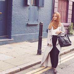 Grey Maxi Kimono + Off white Crepe Top + Black Maxi Jersey Skirt + Cinnamon… Abaya Fashion, Muslim Fashion, Modest Fashion, Fashion Outfits, Fashion Muslimah, Unique Fashion, Fashion Trends, Hijab Elegante, Hijab Chic