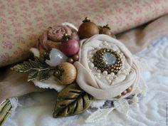 """Купить Брошь """"Бежевый ранункулюс"""" - брошь, брошь ручной работы, брошь цветок, брошь-цветок"""