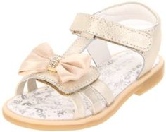 I can picture her cute little feet in these adorable sandals!