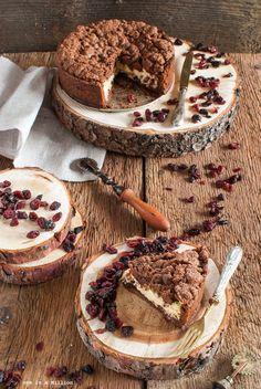 Torta di ricotta ai frutti rossi e cacao _ 'Riccota' cake with red berries and cocoa