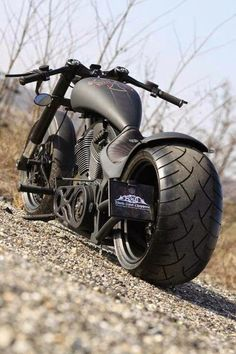 Custom Harley Davidson Choppers a part of a series of pictures galleries. Picture galleries showcasing the hottest custom Harley, street bikes, bobbe Custom Choppers, Custom Bikes, Custom Street Bikes, Motos Harley Davidson, Super Bikes, Choppers Personalizadas, Gp Moto, Chopper Bike, Cool Motorcycles