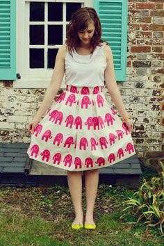 Women's Pleated Pink Elephant Knee-Length Skirt