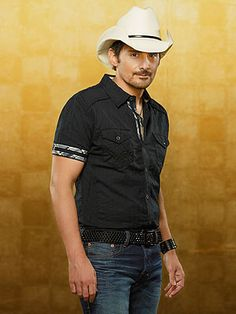 Listen to Brad Paisley's New Song 'Crushin' It' – Legally! http://www.people.com/article/brad-paisley-crushin-it-off-moonshine-in-the-trunk