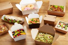 Salad Packaging, Bakery Packaging, Food Packaging Design, Healthy Takeaway, Salad Box, Breakfast Cafe, Bakery Supplies, Coffee Shop Design, Food To Go