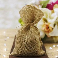 Natural Brown Burlap Favor Gift Bags from Balsa Circle! These burlap favor bags are perfect for holding little goodies and favors for your guests! Wedding Favor Bags, Party Favor Bags, Gift Bags, Favor Boxes, Burlap Favor Bags, Burlap Party, Burlap Sacks, Baby Shower Party Favors, Burlap Fabric