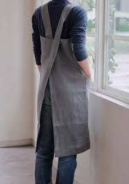 inspired and fashioned to have the look and feel of our grandmother's apron but with a modern urban sensibility. 100 % pure linen from Lithuania, and made in Japan. this linen apron just gets better w Sewing Aprons, Sewing Clothes, Diy Clothes, Sewing Men, Sewing Hacks, Sewing Projects, Umgestaltete Shirts, Japanese Apron, Japanese Style