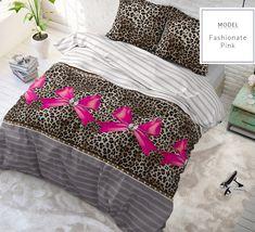 Kvalitné tigrované posteľné obliečky s ružovou mašľou - domtextilu. Home Design, Comforters, Blanket, Furniture, Home Decor, Beautiful Life, Bedroom, Ad Home, Nice Asses