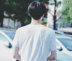 Sehuns shoulders, back, and tush are almost as good as his front....